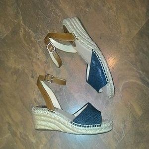 """Alex Marie"" Ankle Strap Wedge Sandal SZ-6.5"